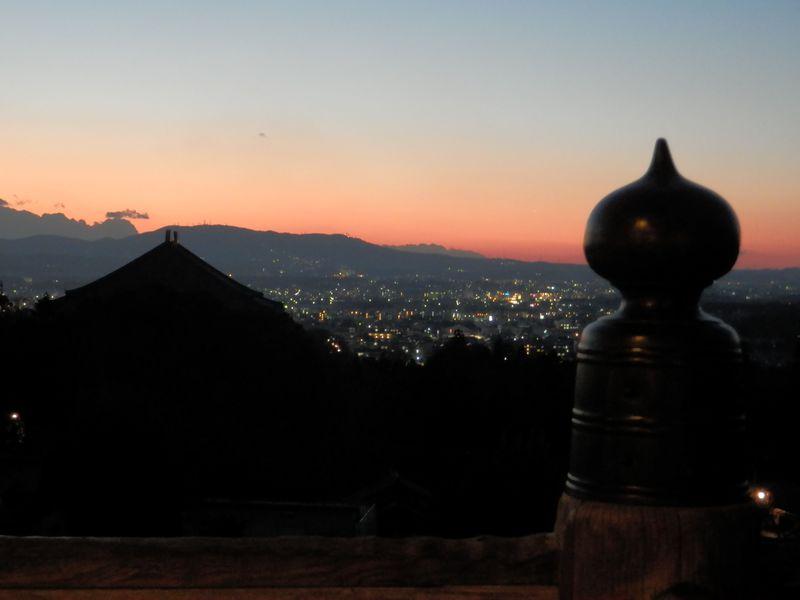 お水取りのメッカ・東大寺二月堂を満喫!釣燈籠の灯りや夕景も必見!!