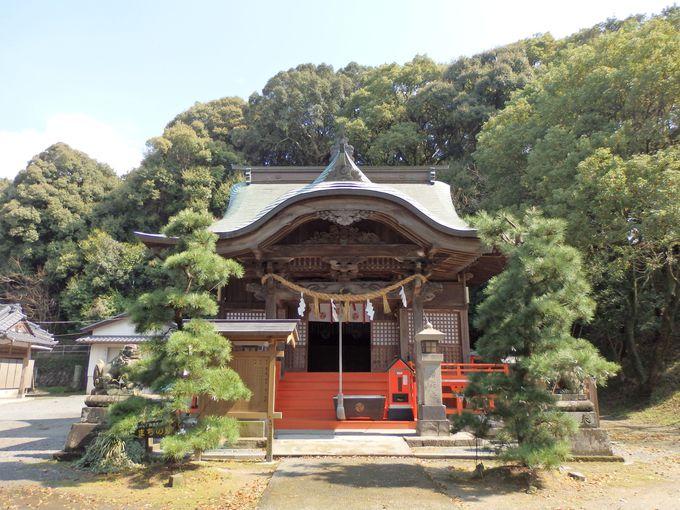 喪に服すために設置された木の丸殿跡(恵蘇八幡宮)