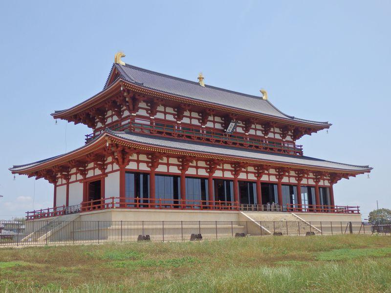 よみがえる奈良の宮廷世界!世界遺産・平城宮跡第一次大極殿