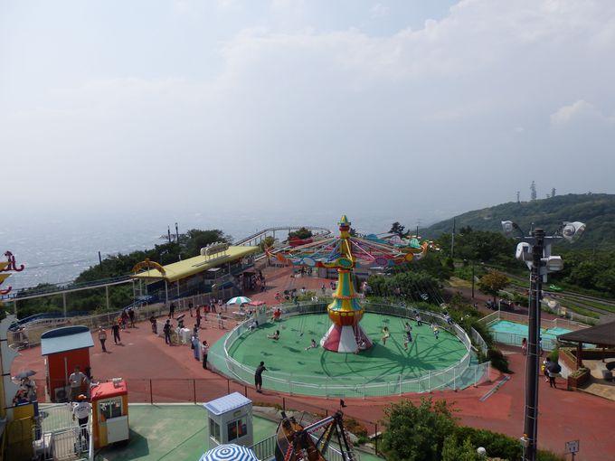 大阪平野を一望!園内を移動する「ぷかぷかパンダ」からの眺め