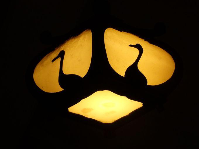 白鶴酒造の代名詞!鶴をモチーフにした照明器具