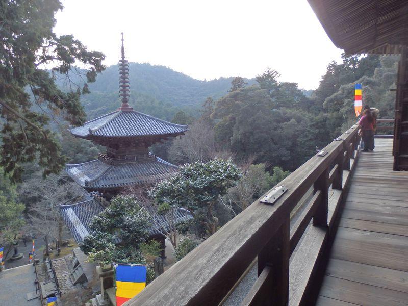 天井の木札に注目!国宝三重塔を擁する兵庫県加西市の一乗寺