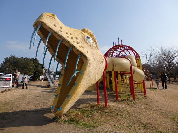 お子さまに大人気の恐竜をイメージ!大型遊具・遊多くん