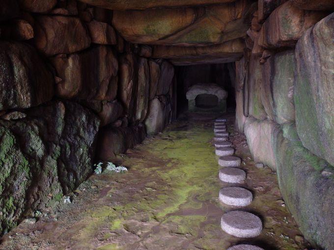 あわせて見学しよう!岡山県下三大巨石墳の一つ・牟佐大塚古墳