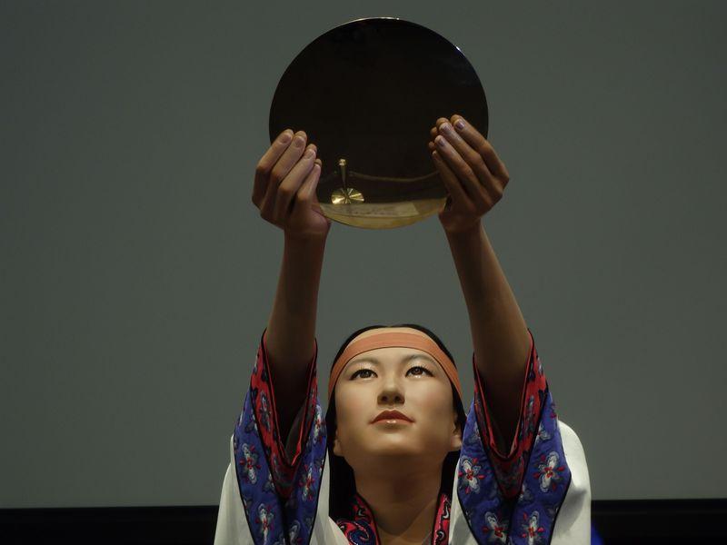 邪馬台国の女王・卑弥呼と会える!?大阪府立弥生文化博物館