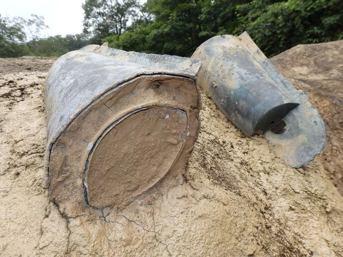 入れ子状態で発見された銅鐸