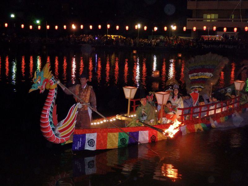 中秋の名月とともに!王朝文化の香りを残す奈良市「采女祭」