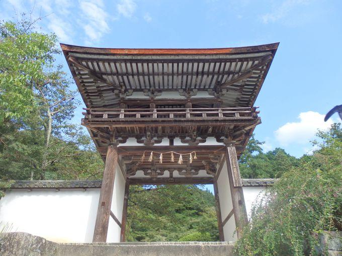こちらも日本最古!国の重要文化財に指定されている楼門