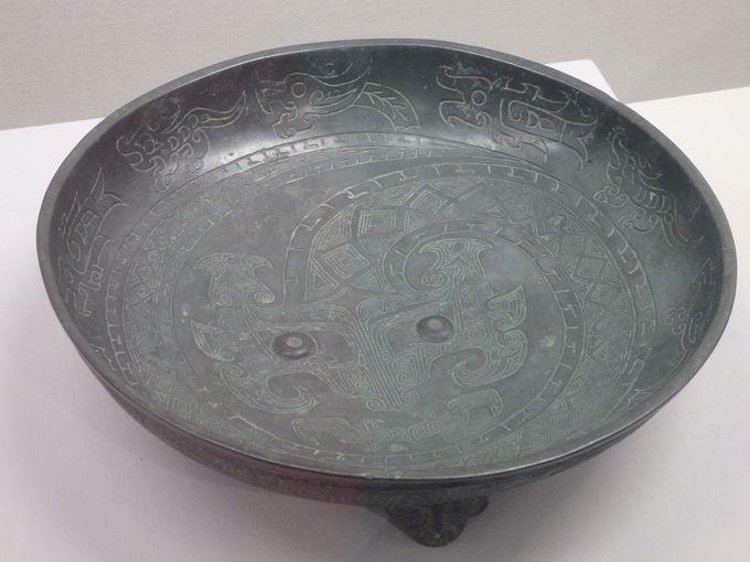霊獣の代表格!龍を描いた青銅器「蟠龍文盤」