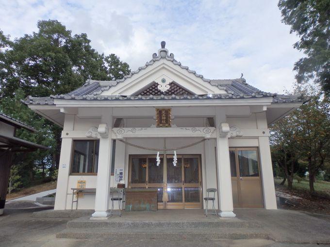 江戸時代以来、篤く信仰されている足王神社・拝殿