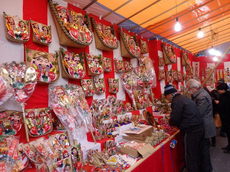 商売繁盛で笹を持って来い!「奈良町」に春を呼ぶ南市の初戎