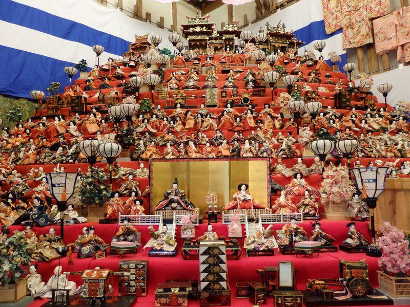無数の雛人形で早春を満喫!奈良県高取町「町家の雛めぐり」