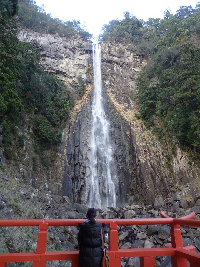飛瀧神社から見上げよう!古来、御神体と崇められて来た那智の滝