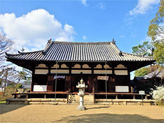美仏として名高い本尊・十一面観音菩薩立像を安置する本堂