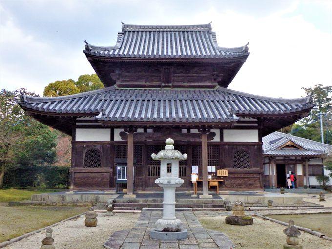 鑑真がここに!「天下三戒壇」の一つ・戒壇院と巨大な仏像群を展示する収蔵庫