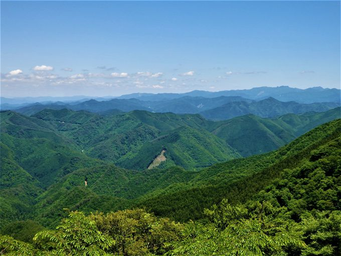 雄大な景色を眺めよう!どこまでも連なる山々