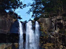 日本三名瀑のひとつ・那智の滝に圧倒!和歌山「飛瀧神社」
