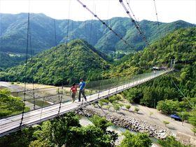 空中散歩で絶景を満喫!奈良県十津川村「谷瀬の吊り橋」