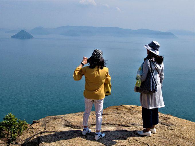 瀬戸内海を一望!ニコニコ岩からの眺め