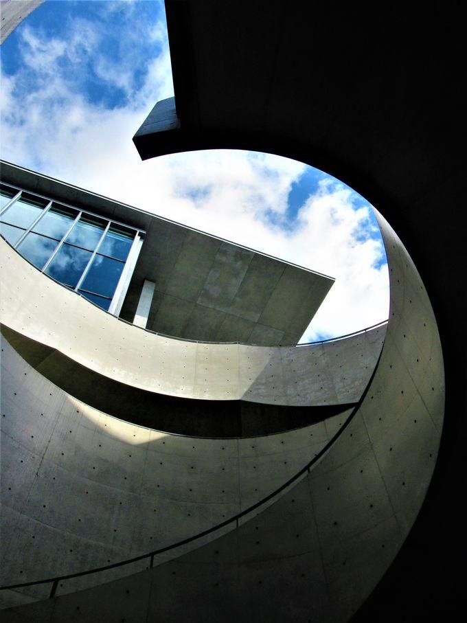 2002年にオープンした兵庫県立美術館