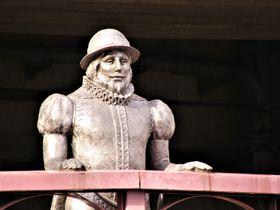 南蛮人の見つめる先は?数々の歴史を有する大阪府の「旧堺港」