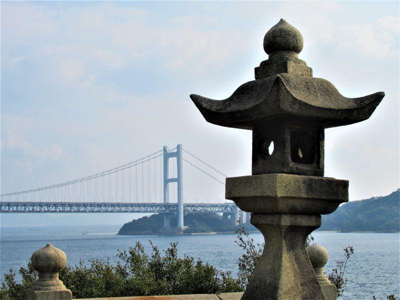 瀬戸大橋を一望のもとに!岡山県下津井地区「祇園神社」