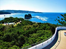雄大な太平洋を眼下に!風光明媚な和歌山県白浜町「番所山公園」