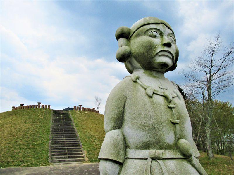 古代闘鶏国の首長墓か!?奈良市「三陵墓古墳群史跡公園」