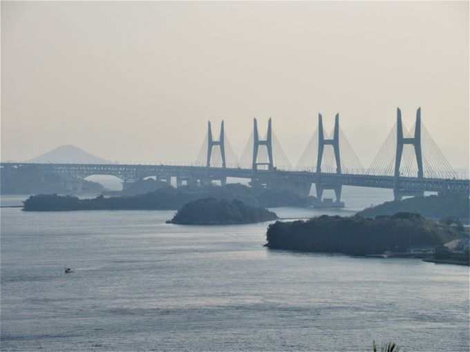 瀬戸大橋が目の前に!境内からの眺め