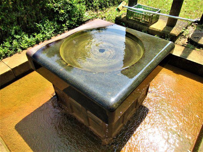 ここにも「かなぼう」!?「道の駅近江母の郷」にある冷鉱泉