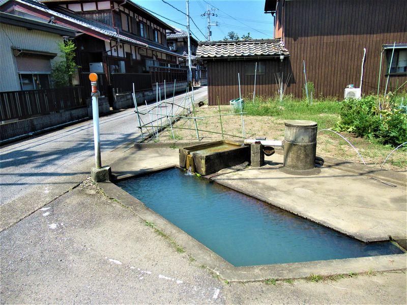 普通の集落に天然温泉!?滋賀県米原市「世継のかなぼう」