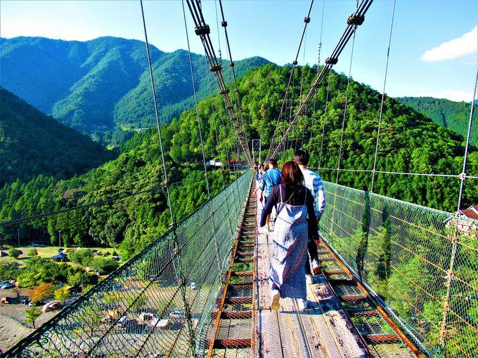まずはこれ!日本有数の規模を誇る「谷瀬の吊り橋」