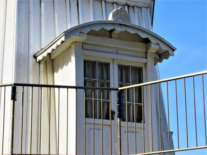 六角錘形の燈台本体