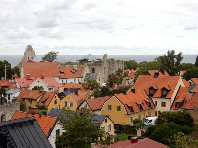 ヴィスビィ旧市街の赤い家々