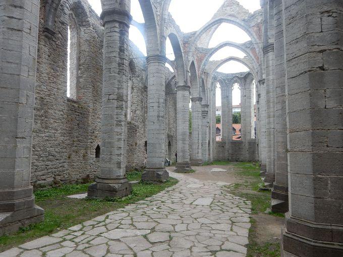 ヴィスビィ中心部にあるサンタ・カテリーナ教会