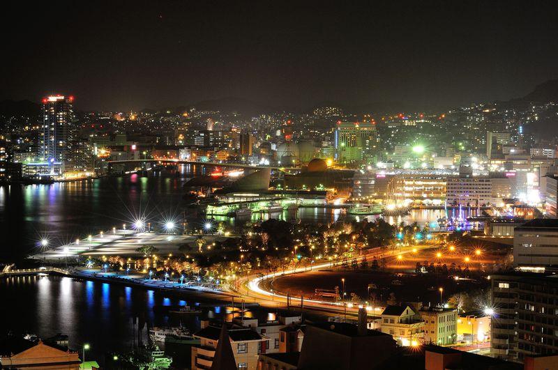 王道から穴場まで!金色に輝く街・長崎の夜景スポット6選