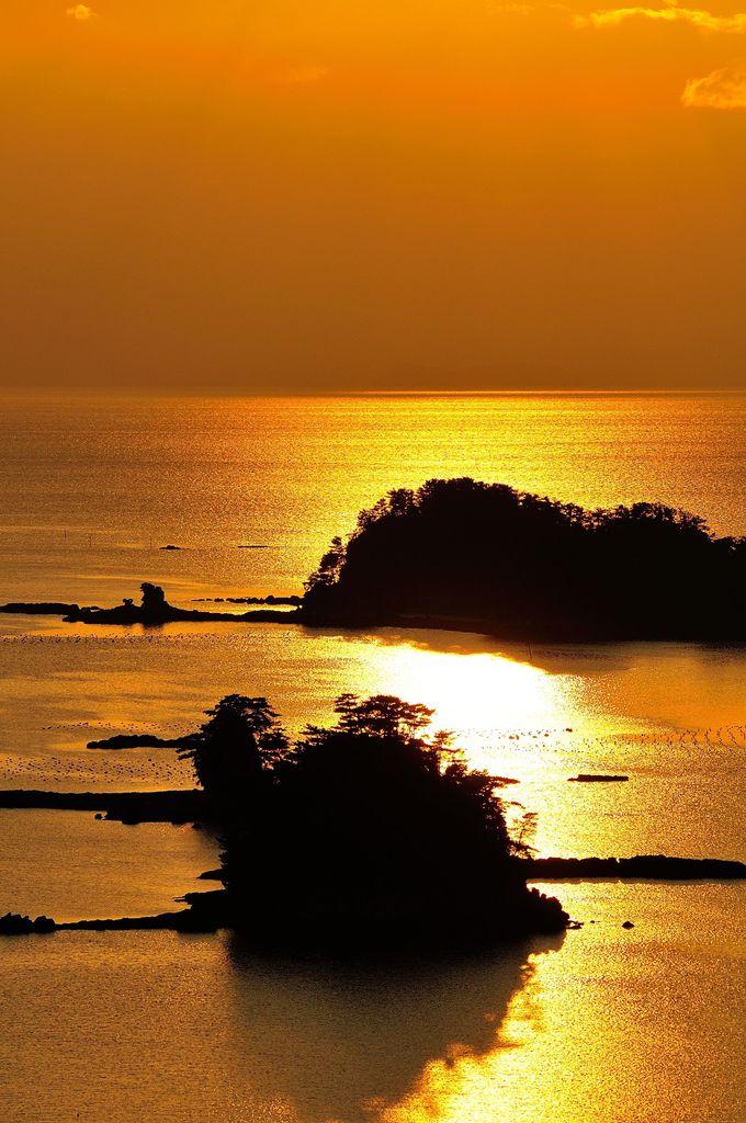 金色に輝くシルクのような海を眺めるなら船越展望台!