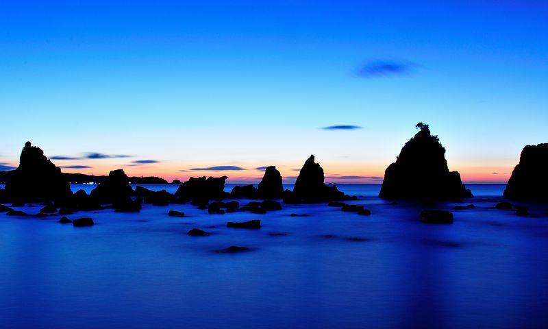 地球の丸さを実感する和歌山潮岬と奇岩「橋杭岩」の夜明け!