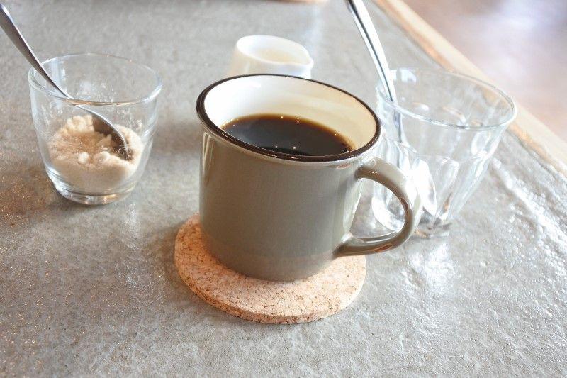 一息つくなら木のぬくもりの「NUMA CAFE」で