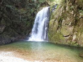 神なる滝の上流へ!「那智の滝 神秘ウォーク」は究極の聖域を歩く