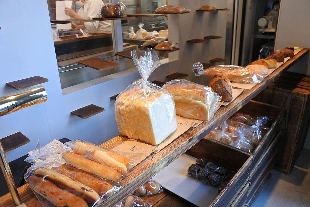 身体がよろこぶこだわりのパン屋「ピッコリーノ」