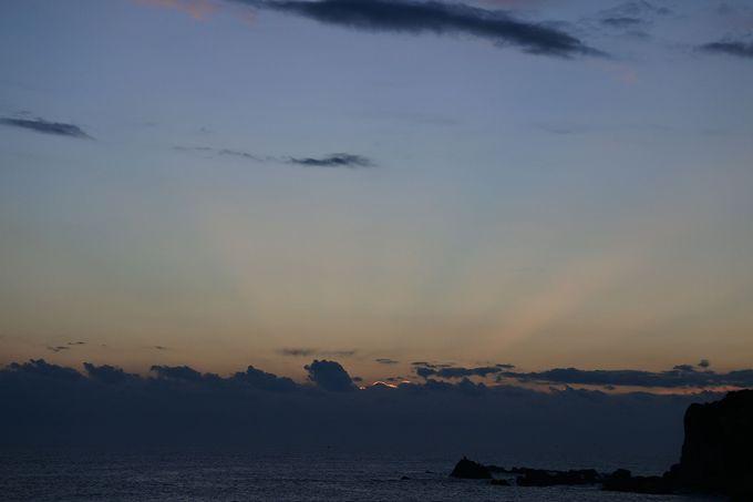 空の色が変わってゆく、感動の瞬間!