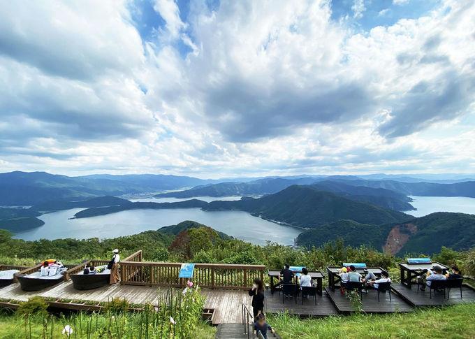 三方五湖を見下ろす「五湖テラス」