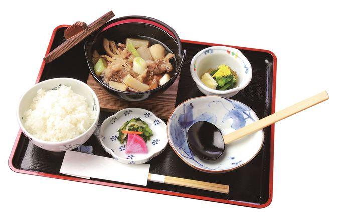 レストラン欅(けやき)は地元料理いっぱい!