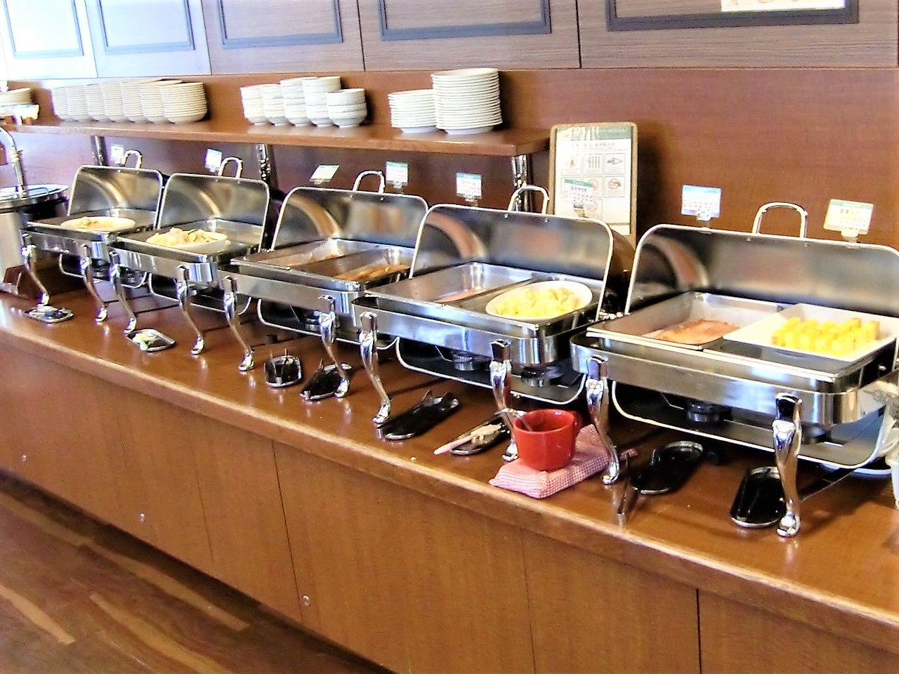 レストラン朝食はバイキング!