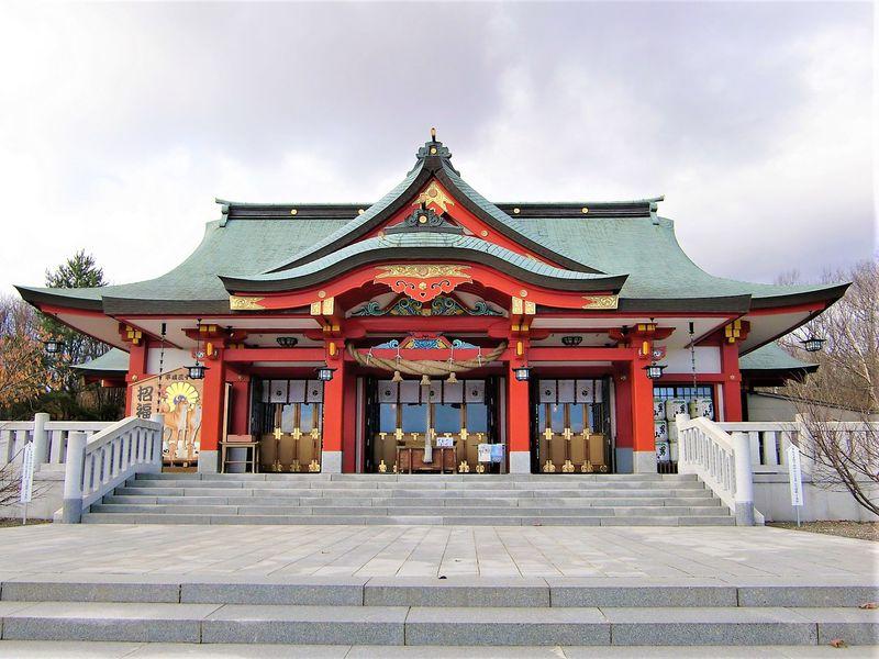 北海道苫小牧「樽前山神社」は山を祀るパワスポ!御利益多し!