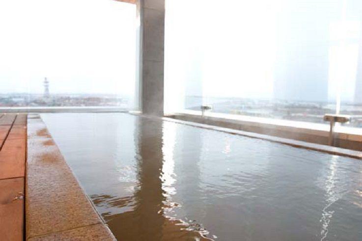 ホテル「四季の風」は展望風呂付!朝食にはシシャモ