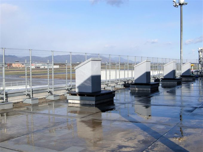 3階展望デッキと旧ターミナルから空港を眺めてみよう!