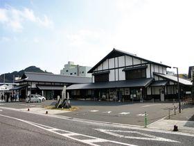 「観光情報館ふれあい処つしま」は国境の島・対馬観光の中心地!