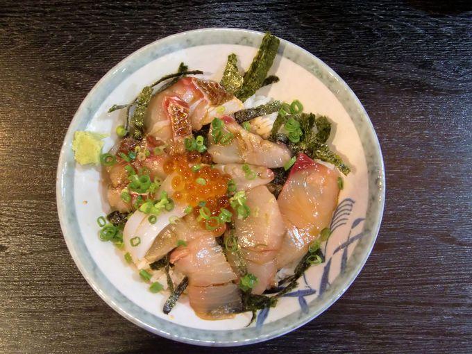 郷ノ浦港はレストランもあるターミナル!海鮮丼がおいしい